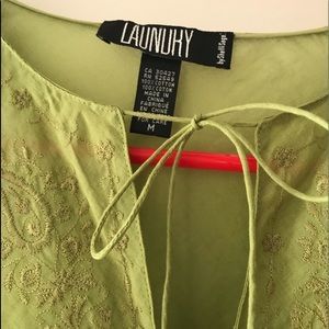 NWOT LAUNDRY by Shelli Segal Women's Blouse s M